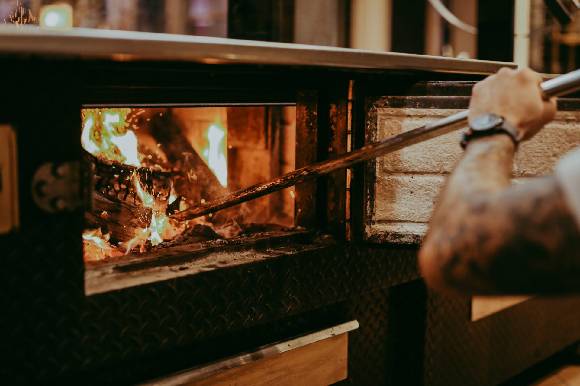 garrison oak fire grill